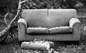"""CONTAMINAZIONI n° 14 – Serotonina: la provocazione poetica di Michel Houellebecq… Un film """"dimenticato"""" e un film da non dimenticare"""